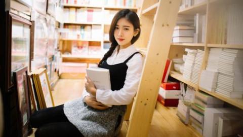 大学图书馆怎么搭讪妹子 6个技巧总有一个适合你-反馈吧   分享你的福利吧