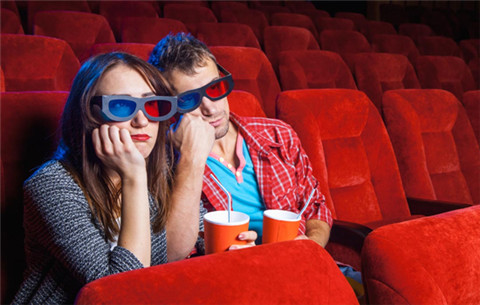 怎么委婉的约女生看电影?第1张