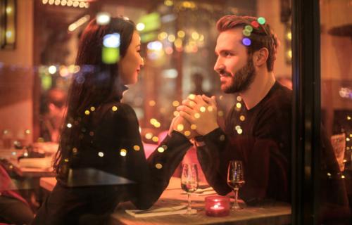 怎么在约会中避免尴尬?这些技巧很多男生都不知道第4张