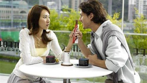 约会吃饭后女生转钱给男生,是什么意思?第2张