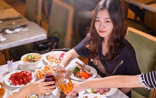 第一次约会去吃自助餐好么?会不会掉价?-反馈吧