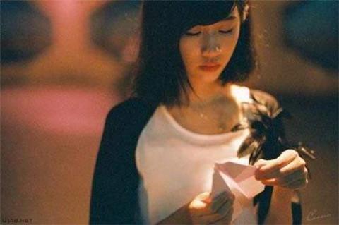 让女生感动的表白情话,在中秋节说给她听吧第1张
