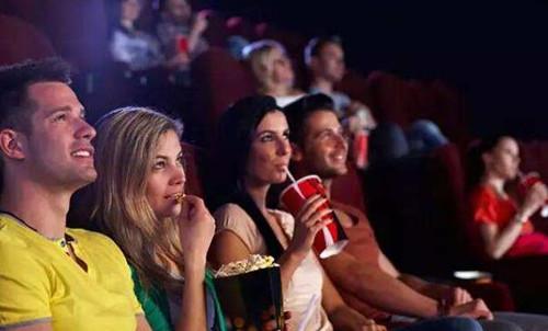 约女生看电影被拒绝了怎么回应第2张