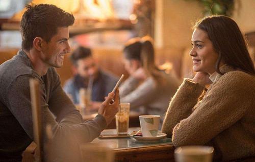 怎么幽默的约女生吃饭,让女生不忍拒绝你第1张
