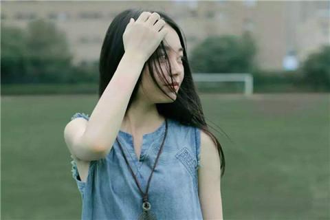和女孩聊天聊不到一起的原因是什么,该怎么改变?第1张